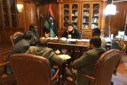 رئيس المجلس الرئاسي يجتمع مع نواب من الجنوب