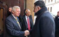 رئيس المجلس الرئاسي يجتمع مع مسؤولي البرلمان ومجلس الشيوخ في جمهورية التشيك