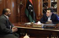 رئيس المجلس الرئاسي فائز السراج يستقبل عميد بلدية غات قوماني صالح