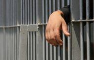 يكسب البراءة في 300 قضية بعد هروب لمدة 30 سنة
