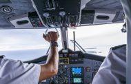 طيار يطلب من مسافريه دفع ثمن وقود الطائرة في مطار تونس