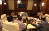 رئيس المجلس الرئاسي يجتمع بمسؤولي قطاع الكهرباء.