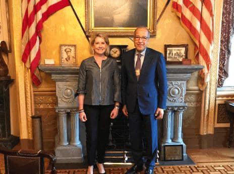 الكبير يبحث مع المسؤولين الأمريكيين سبل تعزيز الاقتصاد الليبي