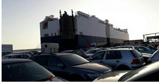 ميناء بنغازي يستقبل 4100 سيارة