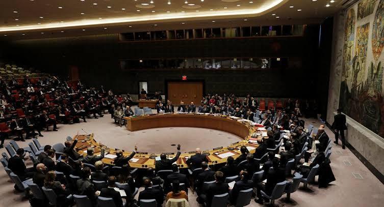 مجلس الأمن يمدد قانون العقوبات ويمنع تصدير النفط بطرق غير مشروعة