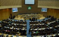 في قمتهم الأخيرة : القادة الأفارقة يتعهدون بدعم ليبيا